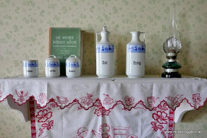 Die Küche im Lehrerhaus im Museumsdorf Niedersulz