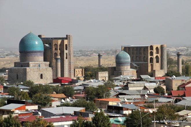 Die Bibi Kahnum Moschee und das Mausoleum