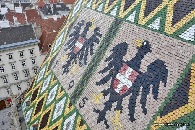 Die bunten Dachschindeln des Stephansdoms