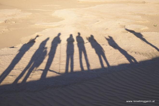 Schattenspiele in der Wüste