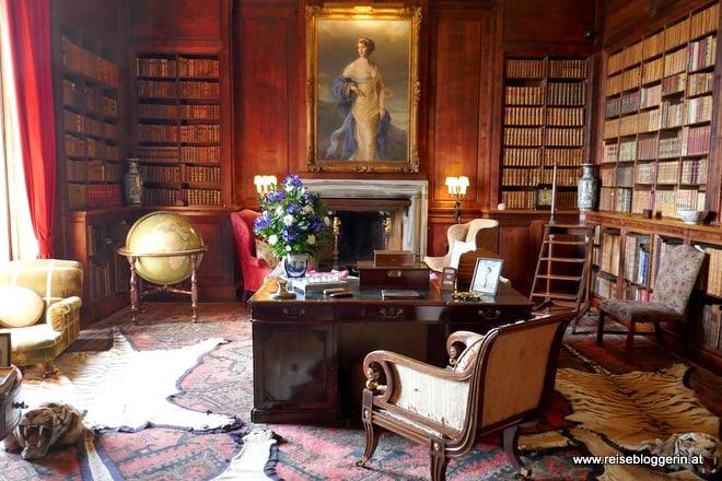 Die Bibliothek im Dunrobin Castle