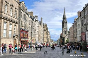 Die Royal Mile in Schottland