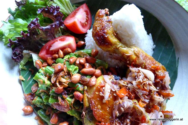 Essen auf Bali: Ein Gericht heißt Bebek Betutu