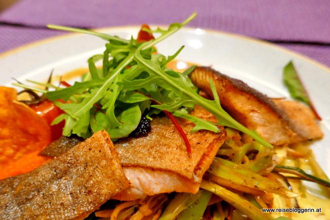 Fischgericht im Narzissenrestaurant