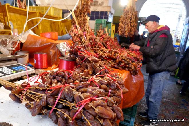 Datteln am Markt in Tunis