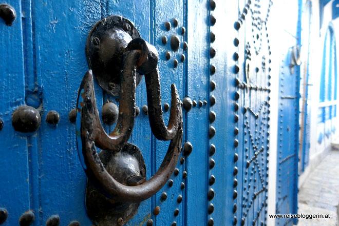 Eine blaue Tür in Sidi Bou Said