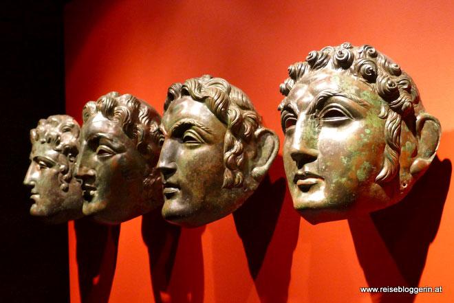 Römische Gesichtsmasken