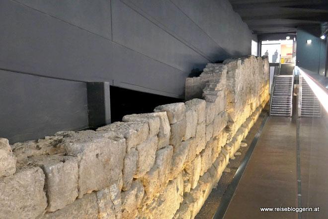 Römische Lagermauer in Regensburg