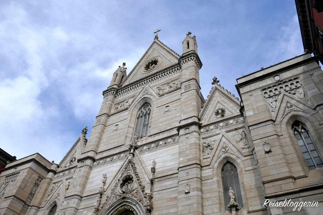 Außenfassade vom Duomo Di San Gennaro