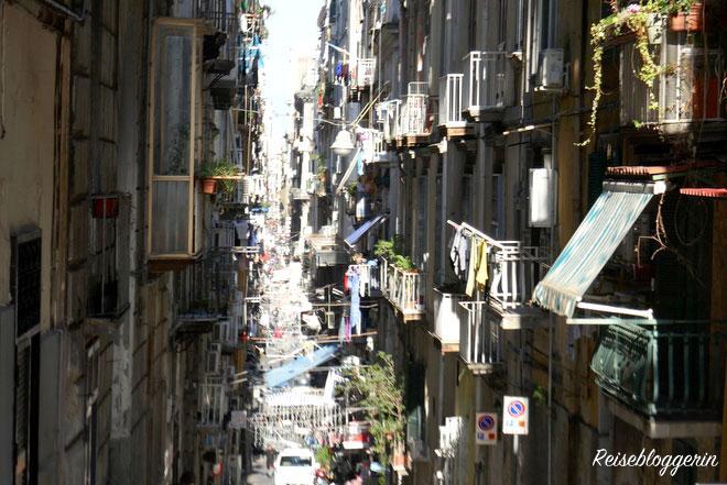 Spagnoli - Ein Stadtviertel in Neapel