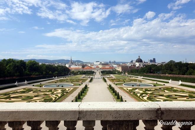 Belvedere mit Aussicht auf Wien