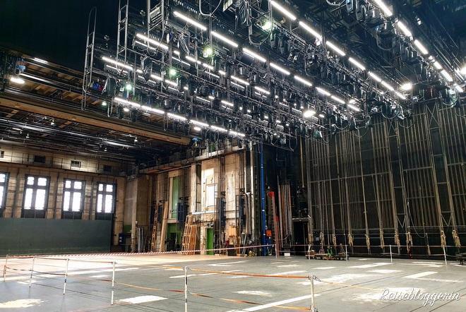 Auf der Bühne der Oper Wien