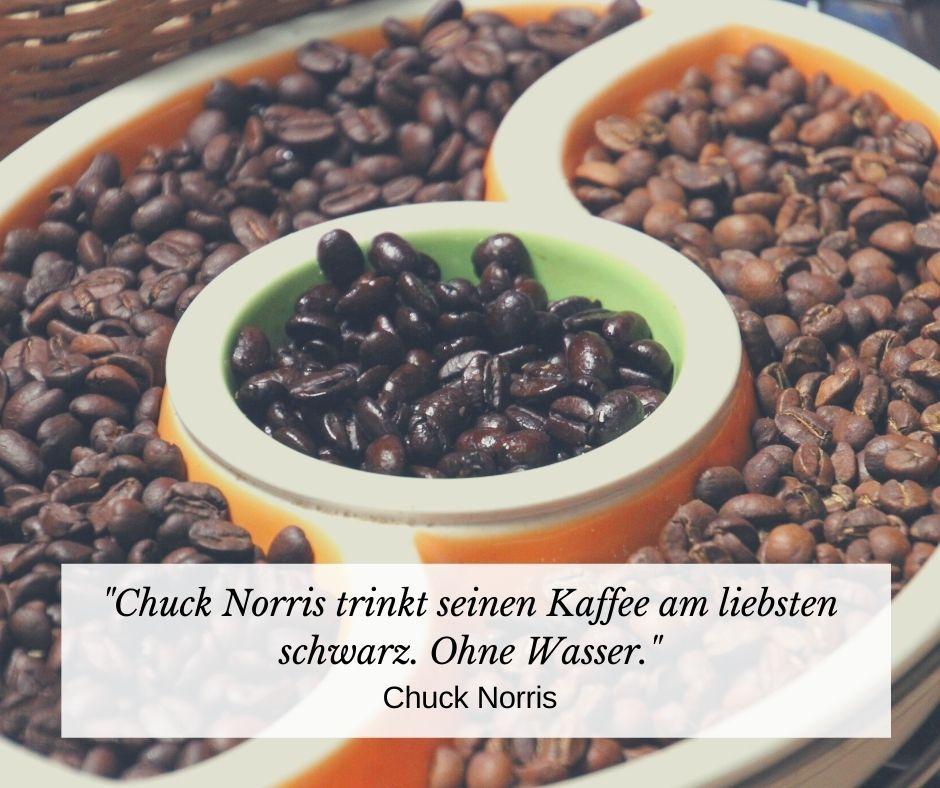 Chuck Norris trinkt seinen Kaffee