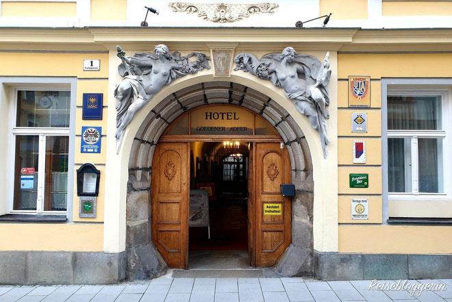 Portal zum Hotel Goldener Adler