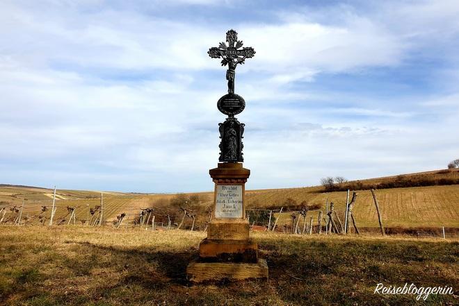 Kreuz aus Metall