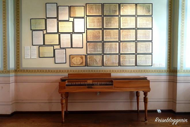 Klavier und Bilder im Haydnhaus