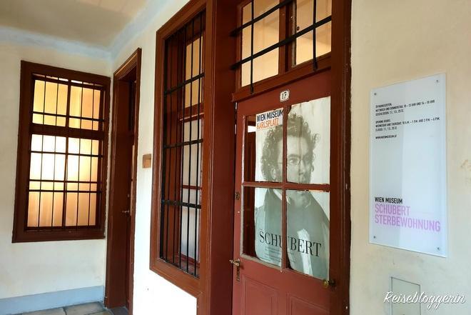 Eingang zu einer von vielen Musikerwohnungen in Wien