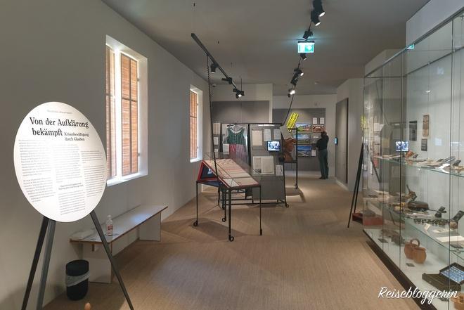 Schauraum im Volkskundemuseum Graz