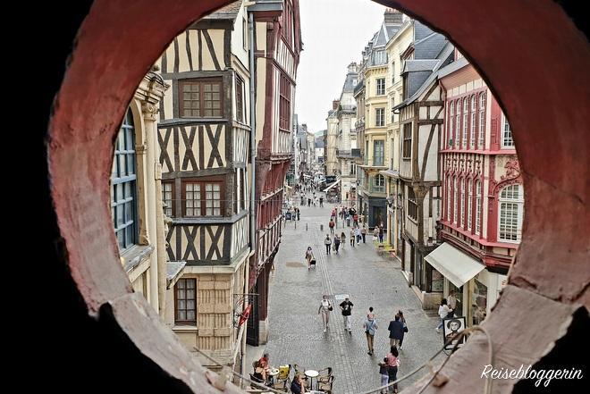 Ausblick auf die Rue de Gros Horloge