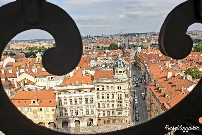 Aussicht von der Nikolaikirche Richtung Prager Altstadt