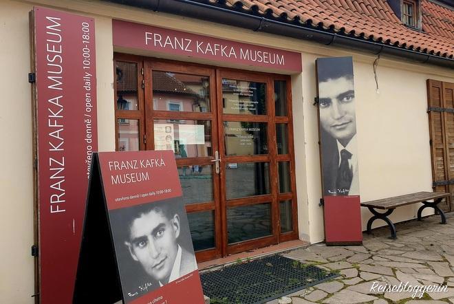 Eingang zum Kafka Museum in Prag
