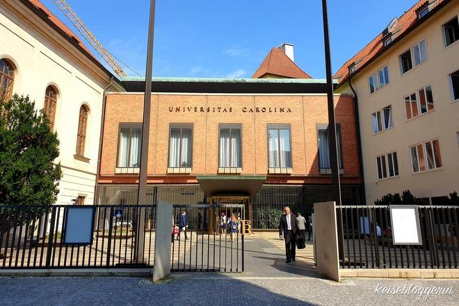 Das Universitätsgebäude in Prag