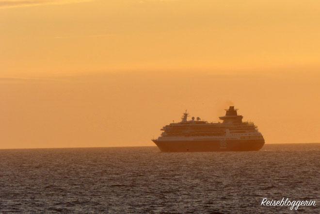 Kreuzfahrt Schiff im Mittelmerr