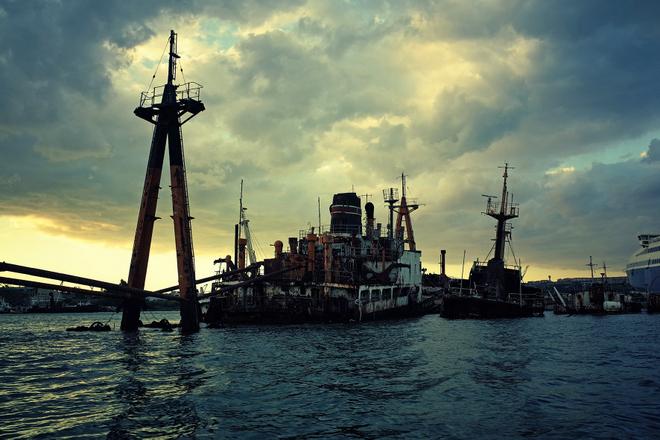 Schiffsfriedhof in Italien - Foto zum Film Vor mir der Süden